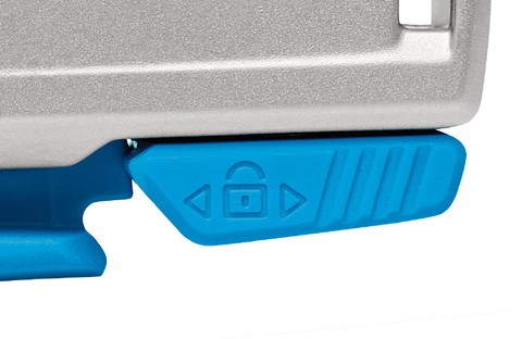 While you rely on the blade retraction at the front part of the handle, there's another safety feature built in for even more protection. You can lock the lever and thus avoid that the blade is released unintentionally.