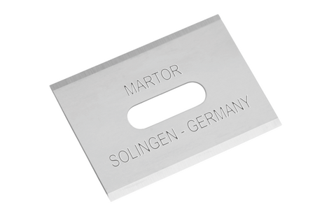 The Solingen quality blade, with its four sharp edges, can be rotated multiple times. It's worth it! In the meantime, a relatively small cutting depth protects your goods from unnecessary damage.